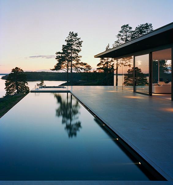 (1) Неверојатна куќа покрај езеро