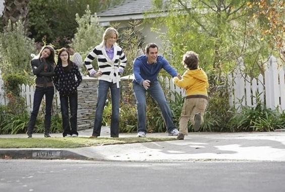Модерна фамилија (Modern Family)