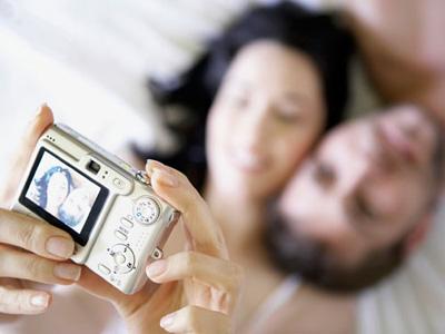 """10 секси идеи кои ќе ја """"зачинат"""" вашата врска"""