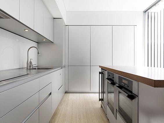 (10) Модерна и минималистичка куќа