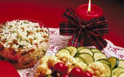 Божиќните трпези ширум светот
