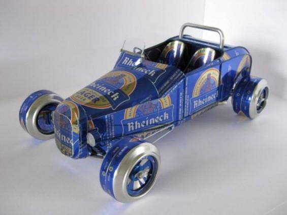 Автомобили направени од празни лименки