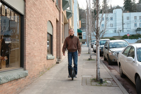 """Solowheel"" - електричен велосипед на едно тркало"