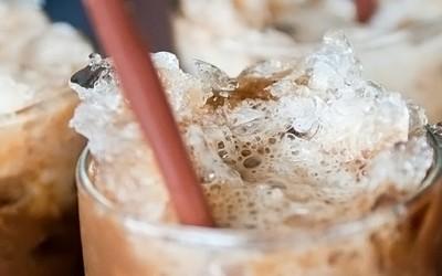 Ледено кафе со кршен мраз