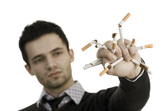 10 причини зошто е тешко да сакате пушач