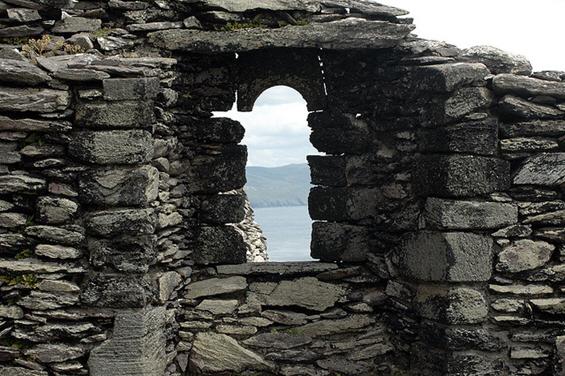 Мистериозниот островски манастир од камен