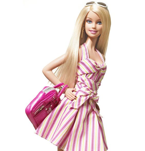 """Како е создадена светски познатата кукла """"Барби"""""""