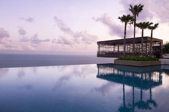 Феноменален комплекс со вили во Бали