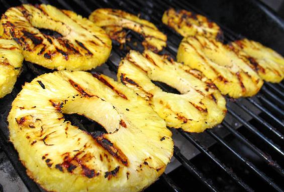 Мохито од ананас на скара