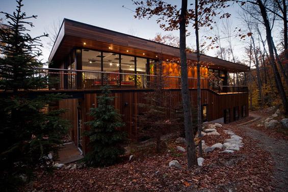 Спа центар сместен во планинските убавини на Канада