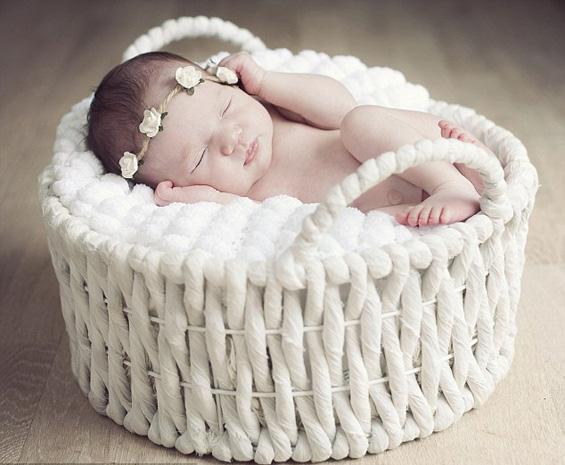 Фото студио за слатки, поспани ангелчиња