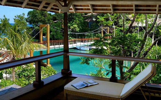 """Одморалиштето """"Златно око"""" во Јамајка"""