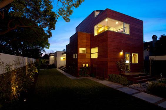 Фамилијарна куќа во Калифорнија