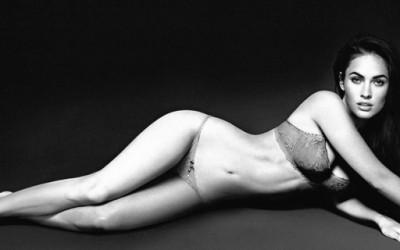 Меган Фокс во долна облека од Армани