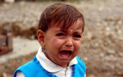 Седумгодишно девојче плаче камени солзи
