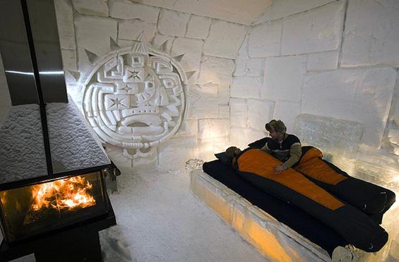 Ледениот хотел во Квебек