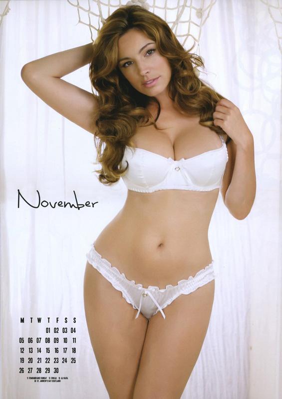 Сексапилниот календар на Кели Брук