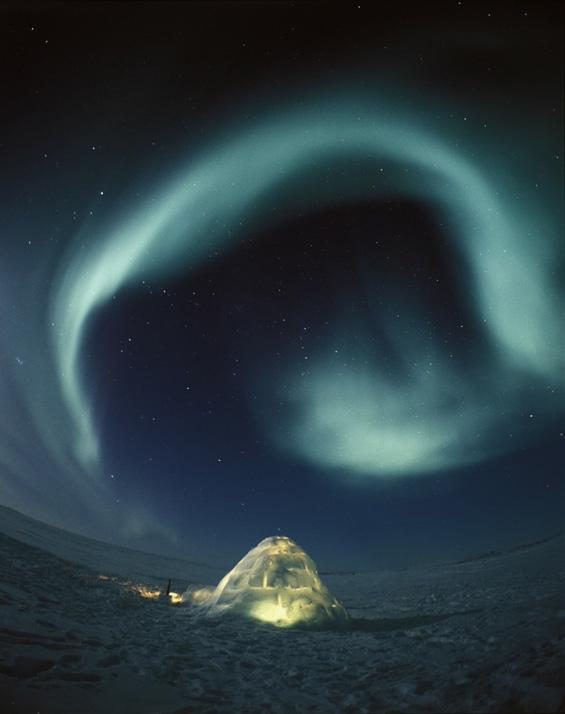 Волшебната поларна светлина на небото