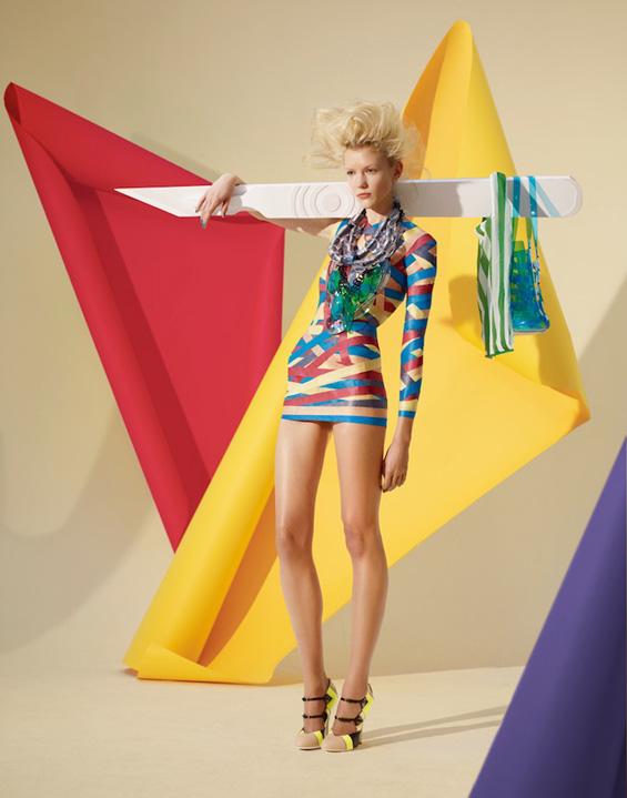 Креативни фустани изработени од хартија