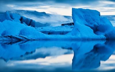 Авантурист направил фотографии во ледена пештера на -120° C