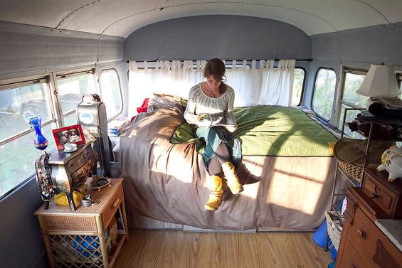Живот во автобус