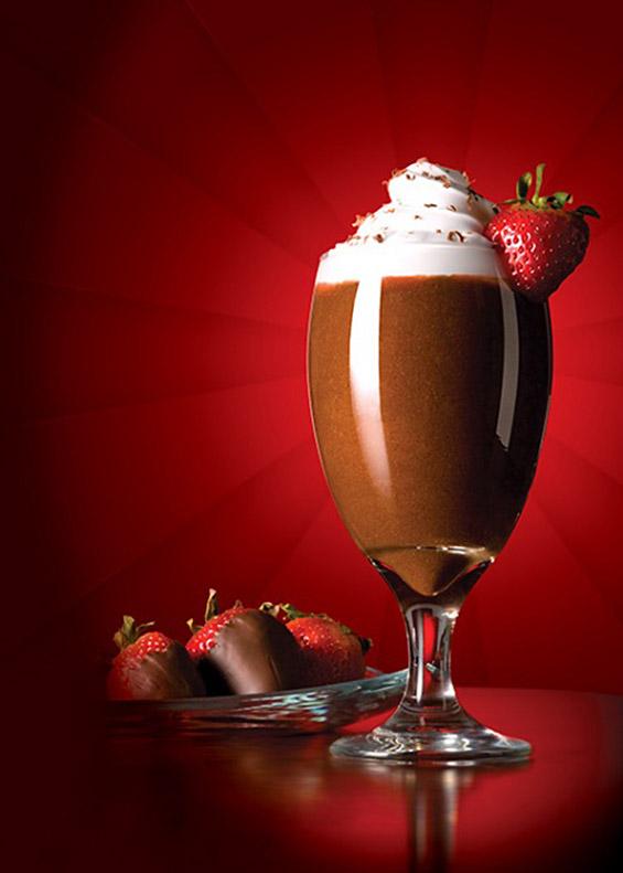 Чоколадно фрапе со јагоди