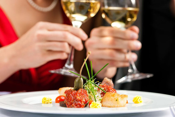 Судија пресудил романтична вечера