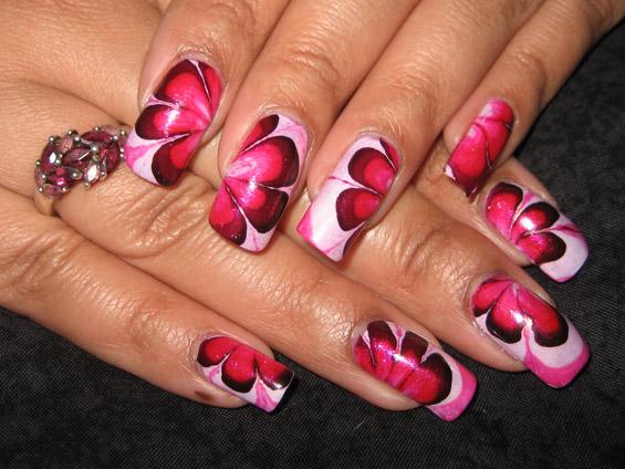 Уникатно дизајнирани нокти за неколку минути