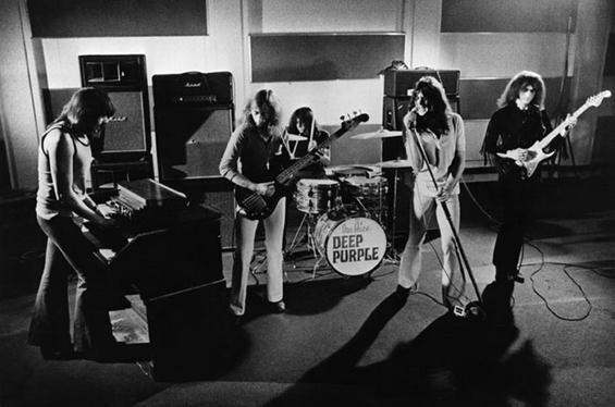 Како славните рок бендови ги добиле имињата