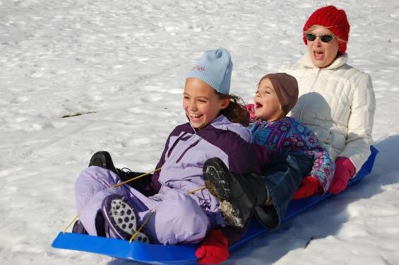 Вежбајте на отворено во зима без да посетите ски-центар