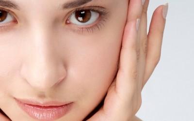 Како да изгледате убаво и без шминка