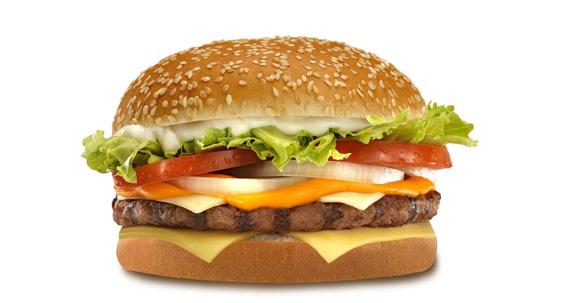 Зошто храната на рекламите изгледа многу повкусно отколку во живо?