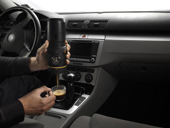 Апарат за кафе во вашиот автомобил