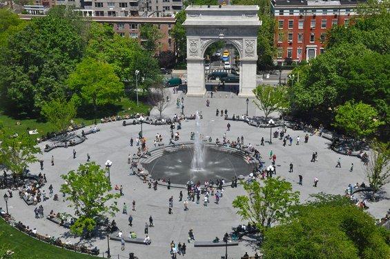 Потеклото на најпознатите плоштади