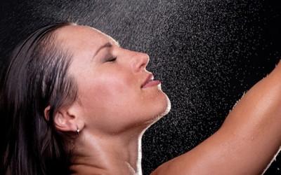 Кој е идеалниот дел од денот за туширање?