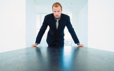 Излудете го шефот на 9 ефикасни начини