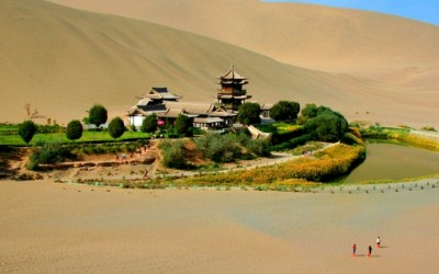 Прекрасна пустинска оаза во Кина