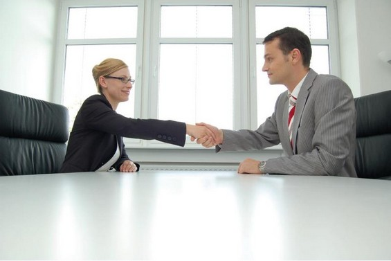 Клучни зборови во вашето резиме кои ќе ви помогнат да најдете работа