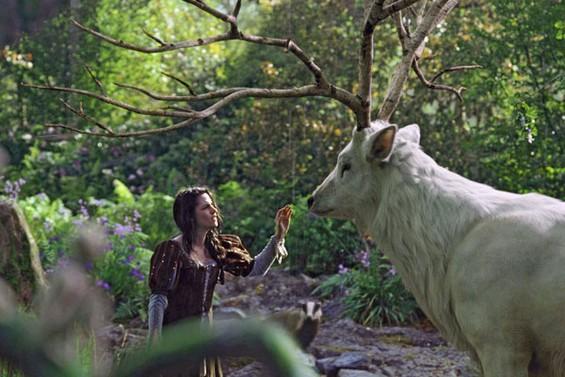 Снежана и ловецот (Snow White and the Huntsman)