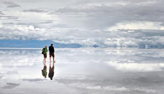 Постојат луѓе кои можат да чекорат по вода?