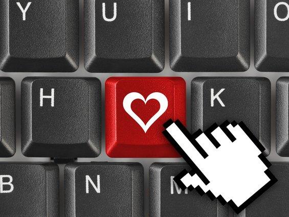 7 неочекувани придобивки од користењето на Фејсбук
