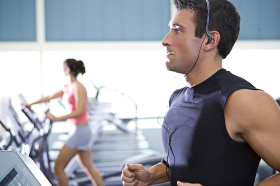 Како да вежбате помалку, а да слабеете побргу?