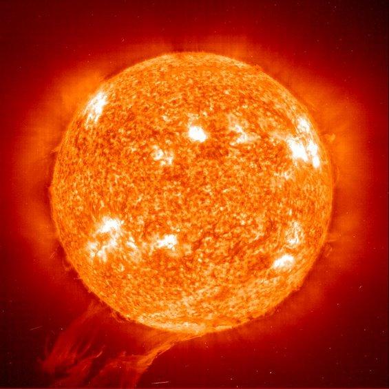 Неверојатни факти за Сонцето