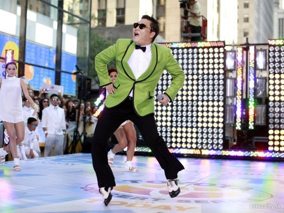 "Луди преработки на ""Gangnam Style"" низ целиот свет"