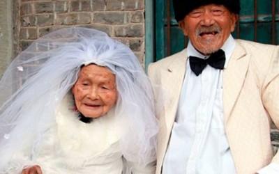 По 88 години брак ги направиле првите свадбени фотографии