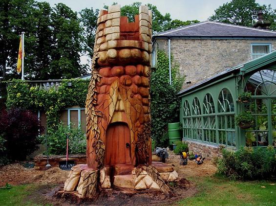 Герила уметност од дрво
