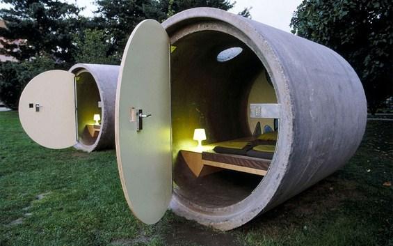 Хотели направени од невообичаени материјали