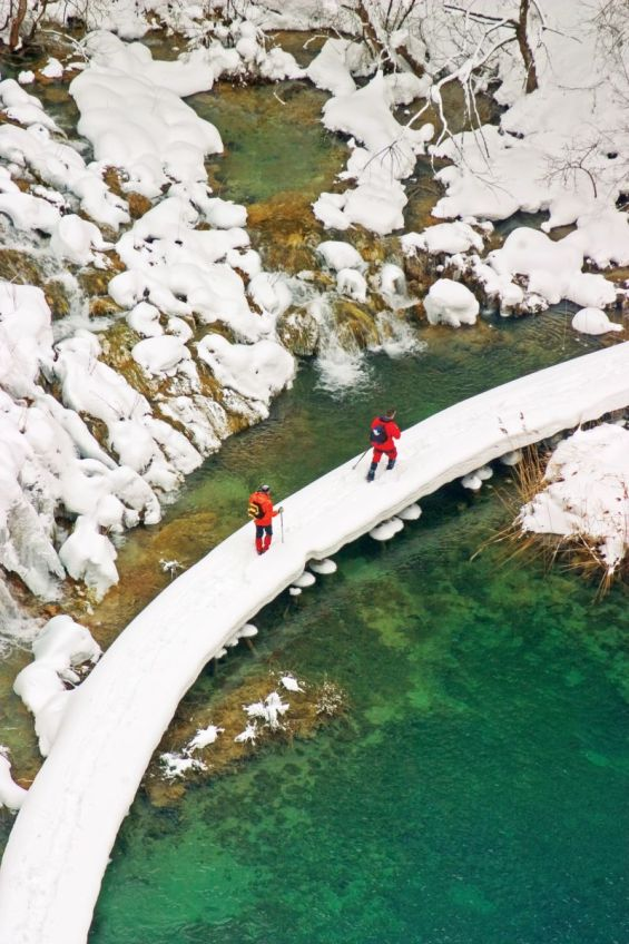 Зимската идила на Плитвичките Езера во Хрватска