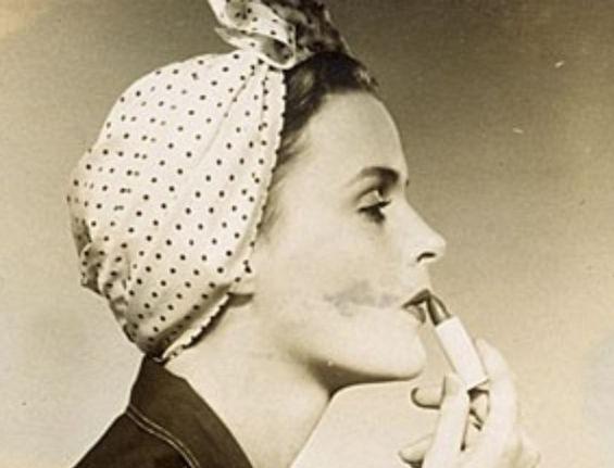 Идеи за фризури со марама во согласност со вашиот имиџ