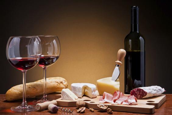 Правила за комбинирање храна и алкохол